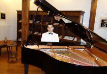 Senfonik Çok Sesli Müzikleri Genç Bestekar Güneş Yakartepe Yeni Senfonik Çok Sesli Bestesi Enstrümantal Fon Müzik Son Besteler