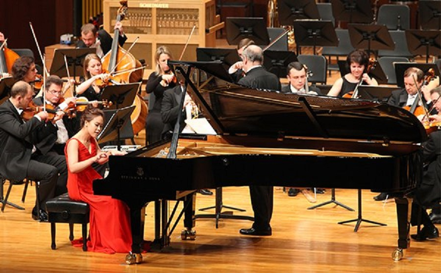 Türk Müziği Devlet Konservatuvarları İsimleri Eğitimi Bölümleri İdeal Orkestrası Piyano Sanatçısı Solisti Piyano Orchestra