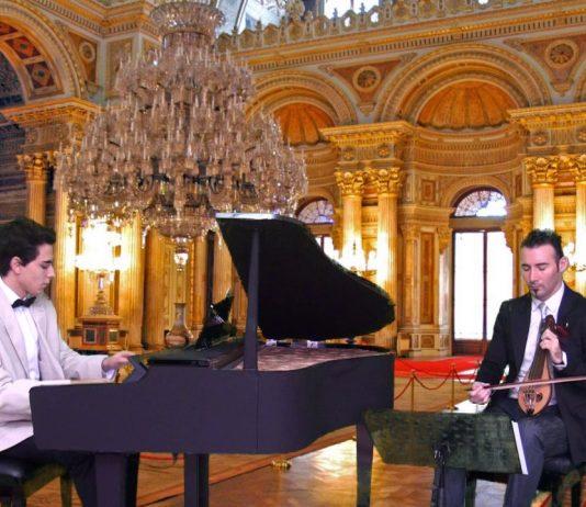 Osmanlı Saraylarından Bayati Esintiler Beste: Güneş Yakartepe - Piyano ve Klasik Kemençe Düeti ile Dolmahçe Sarayı